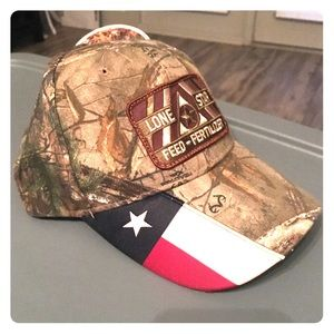 NWT Realtree Lone Star Feed Hat